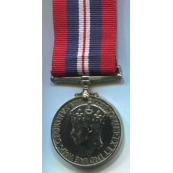 La Medaglia di Guerra 19391945  una medaglia di campagna istituita dal Regno Unito il 16 agosto 1945