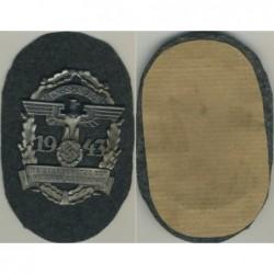 Badge g233