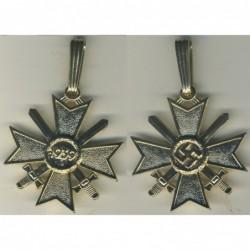 Croce dei Cavalieri al merito di guerra con spade